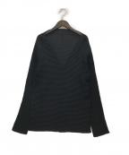ISSEY MIYAKE FETE(イッセイミヤケフェット)の古着「プリーツVカットブラウス」 ブラック