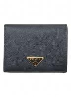 PRADA()の古着「サフィアーノ2つ折り財布」 ブラック(NERO)