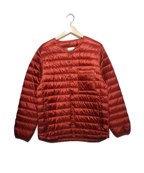 NANGA(ナンガ)NANGA (ナンガ) ノーカラーダウンジャケット レッド サイズ:JPN Lの古着・服飾アイテム