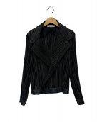 ISSEY MIYAKE(イッセイミヤケ)の古着「トッパープリーツジャケット」|ブラック