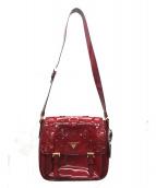 PRADA(プラダ)の古着「フラワーモチーフエナメルショルダーバッグ」|レッド