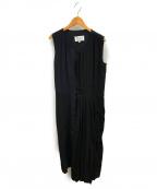 Maison Margiela 1(メゾンマルジェラ 1)の古着「アシンメトリーノースリーブシルクプリーツドレス」|ブラック