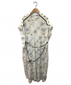 Mame Kurogouchi(マメ クロゴウチ)の古着「フラワープリントドレス」 ホワイト