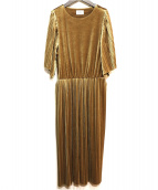 OLIKA(オリカ)の古着「ランダムプリーツワンピース」 ゴールド