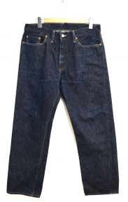 LEVIS VINTAGE CLOTHING(リーバイス ヴィンテージ クロージング)の古着「復刻セルビッチデニムパンツ」
