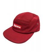 Supreme(シュプリーム)の古着「ラバーロゴキャンプキャップ」|レッド×ホワイト