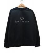 FRED PERRY(フレッドペリ)の古着「ロゴ刺繍クルーネックスウェット」|ブラック×ホワイト