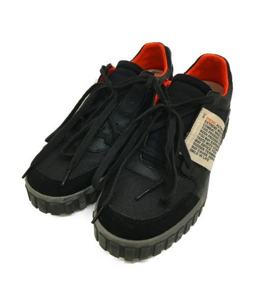 DIESEL(ディーゼル)DIESEL (ディーゼル) ローカットスニーカー ブラック×オレンジ サイズ:28.5cm S-LE RUA ON Y01919の古着・服飾アイテム