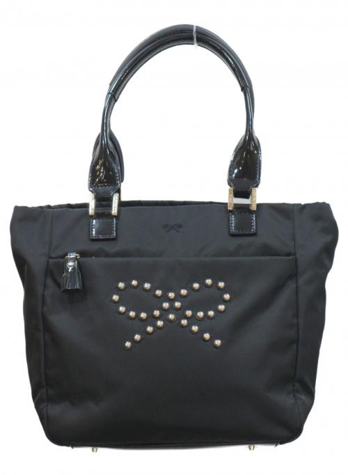 ANYA HINDMARCH(アニヤハインドマーチ)ANYA HINDMARCH (アニヤハインドマーチ) リボンスタッズハンドバッグ ブラックの古着・服飾アイテム