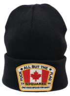 DSQUARED2(ディースクエアード)の古着「ロゴワッペンニット帽」|ブラック×レッド