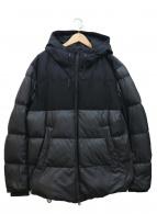 ARMANI COLLEZIONI(アルマーニコレツォーニ)の古着「フーデッドダウンジャケット」|ブラック