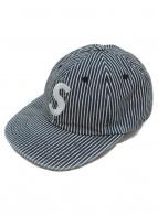 Supreme(シュプリーム)の古着「Sロゴ刺繍ヒッコリーキャップ」 インディゴ×ホワイト