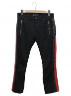 VERSACE(ヴェルサーチ)の古着「サイドラインデニムパンツ」 ブラック×レッド