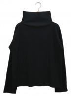 ISSEY MIYAKE me(イッセイ ミヤケ ミー)の古着「プリーツブラウス」|ブラック