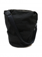 Ys(ワイズ)の古着「ショルダーバッグ」|ブラック