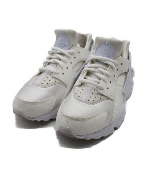 NIKE(ナイキ)NIKE (ナイキ) WMNS AIR HUARACHE RUN ホワイト サイズ:23.5の古着・服飾アイテム