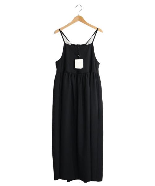 YEAR(イヤー)year (イヤー) キャミソールワンピース ブラック サイズ:F 未使用品の古着・服飾アイテム