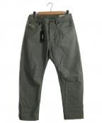DIESEL(ディーゼル)の古着「立体裁断パンツ」|グリーン