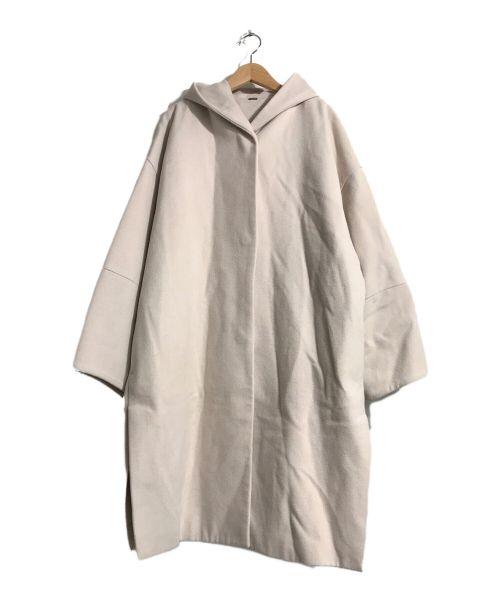 Mila Owen(ミラオーウェン)Mila Owen (ミラオーウェン) サイドベンツダウンショルダーフードコート ホワイトの古着・服飾アイテム