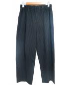 HOMME PLISSE ISSEY MIYAKE(オム プリッセ イッセイ ミヤケ)の古着「プリーツパンツ」|ブラック