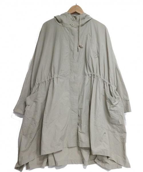 BEARDSLEY(ビアズリー)BEARDSLEY (ビアズリー) ポンチョコート ベージュ サイズ:F 未使用品の古着・服飾アイテム