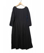 45rpm(45アールピーエム)の古着「バックボタン刺繍ワンピース」|ブラック