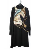 LEONARD(レオナール)の古着「刺繍ラインストーンウールニットワンピース」|ブラック