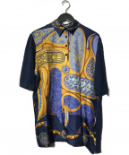 HERMES(エルメス)の古着「ハーフボタンスカーフ柄切替シャツ」|ネイビー