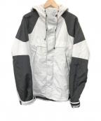 UNDEFEATED(アンディフィーテッド)の古着「マウンテンパーカー」|ホワイト×ブラック