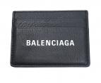 BALENCIAGA(バレンシアガ)の古着「ロゴ入りレザーカードケース」 ブラック