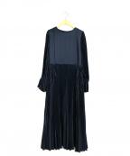 LANVIN en Bleu(ランバンオンブルー)の古着「サテンプリーツワンピース」 ネイビー