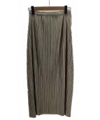 PLEATS PLEASE(プリーツ プリーズ)の古着「プリーツロングスカート」 ゴールド