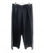 me ISSEY MIYAKE(ミー イッセイミヤケ)の古着「FLAT BOTTOM PANTS」|ブラック