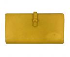 CHANEL()の古着「キャビアスキン2つ折り長財布」|イエロー