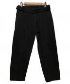 KUON(クオン)の古着「ベルテッドテーパードデニムパンツ」|ブラック