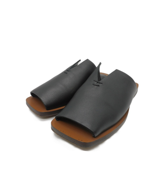 TODAYFUL(トゥデイフル)TODAYFUL (トゥデイフル) レザースリットサンダル ブラック サイズ:36 12011001の古着・服飾アイテム