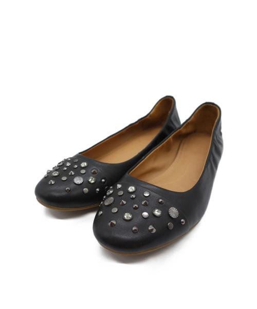 UGG(アグ)UGG (アグ) スタッズ付フラットパンプス ブラック サイズ:24.5cmの古着・服飾アイテム