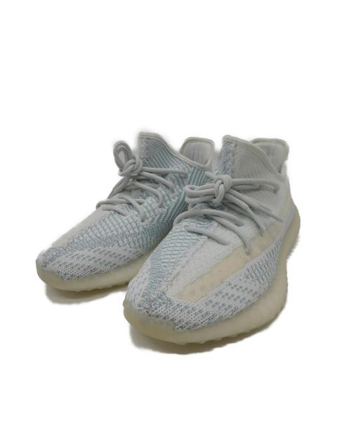 adidas(アディダス)adidas (アディダス) スニーカー ホワイト×ブルー サイズ:26 YEEZY BOOST350V2  CLOUD WHITEの古着・服飾アイテム