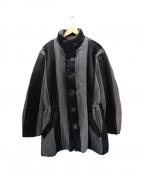 ISSEY MIYAKE()の古着「中綿プリーツジャケット」|グレー×ブラック
