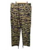 UNDEFEATED(アンディフィーテッド)の古着「タイガーカモカーゴパンツ」 オリーブ