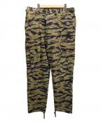 UNDEFEATED(アンディフィーテッド)の古着「タイガーカモカーゴパンツ」|オリーブ