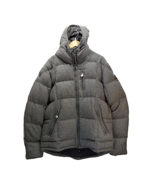 MONCLER(モンクレール)MONCLER (モンクレール) ダウンジャケット グレー サイズ:4 CLASSE1 G32-003の古着・服飾アイテム