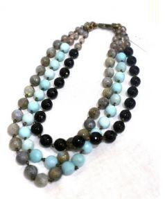 kong qi(コンチィー)の古着「3連ネックレス」 ブラック×ブルー×グレー