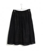 mina perhonen(ミナペルホネン)の古着「カットワーク刺繍スカート」|ブラック