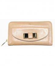 Chloe(クロエ)の古着「ラウンドファスナー長財布」|ピンクベージュ