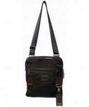 TUMI(トゥミ)の古着「ショルダーバッグ」|ブラック