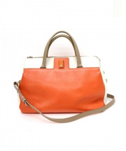 FURLA(フルラ)の古着「2Wayハンドバッグ」|オレンジ×アイボリー