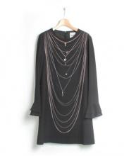 MOSCHINO CHEAP&CHIC(モスキーノチープアンドシック)の古着「ネックレス柄ワンピース」|ブラック