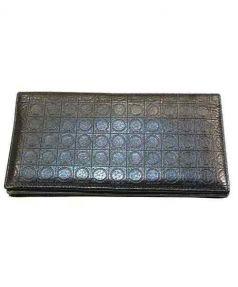 Salvatore Ferragamo(サルヴァトーレ フェラガモ)の古着「長財布」|ブラック