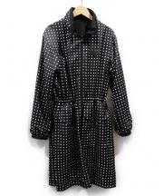 LOUIS VUITTON(ルイ・ヴィトン)の古着「リバーシブルドットシルクサテンコート」|ブラック